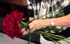 Floral Design Class - Rose Arranging from Boulevard Florist Wholesale Market